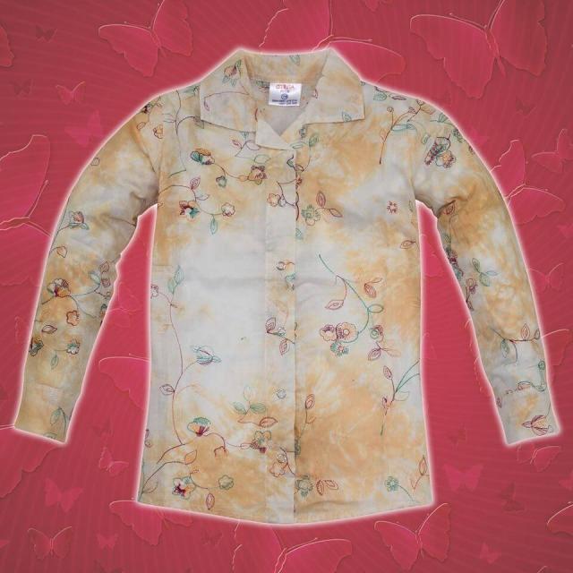 Риза бродерия на цветя в бежово