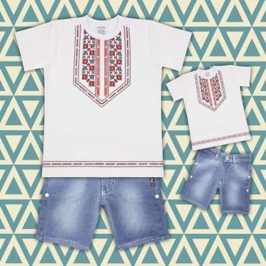 комплект дънкови бермуди и тениска с фолклорни мотиви в бяло