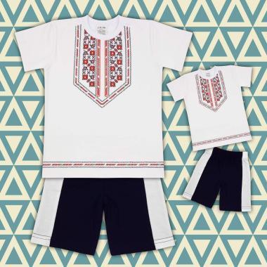 Комплект тениска и бермуди с фолклорни мотиви в бяло