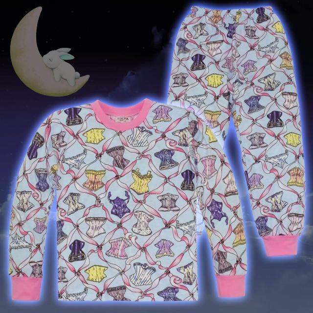 Пижама в розово цветни панделки